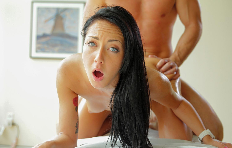 Порно звезда Sabrina Banks обожает массаж