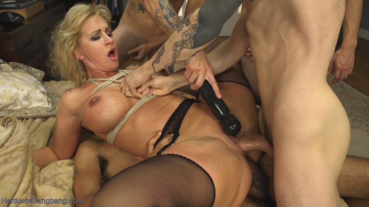 Порно звезда Zafira порно фото