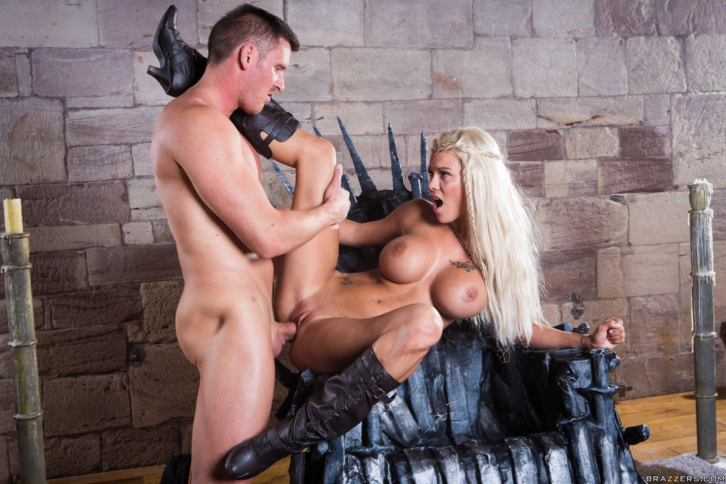 Смотреть порно про королей бесплатно, Гроза Королей: Порно Пародия » Порно фильмы 10 фотография